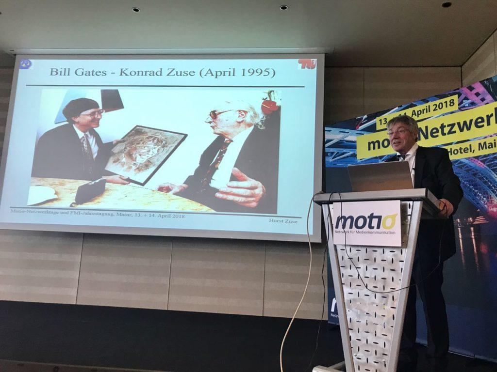 Prof. Dr. Horst Zuse bei seinem Vortrag